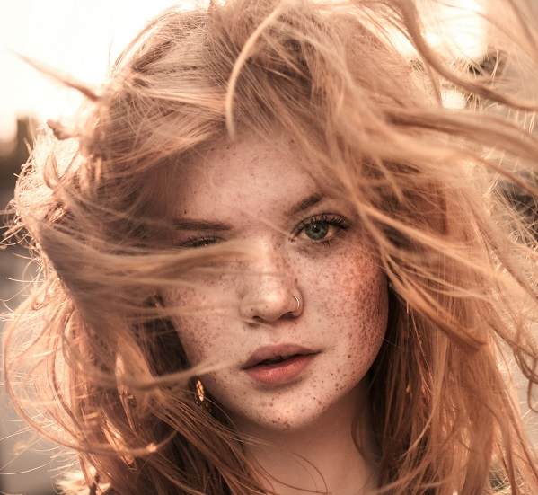 Krem karamel saç renginin bakımı nasıl olmalı?