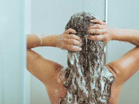 Şampuanlama rutinini gözden geçir
