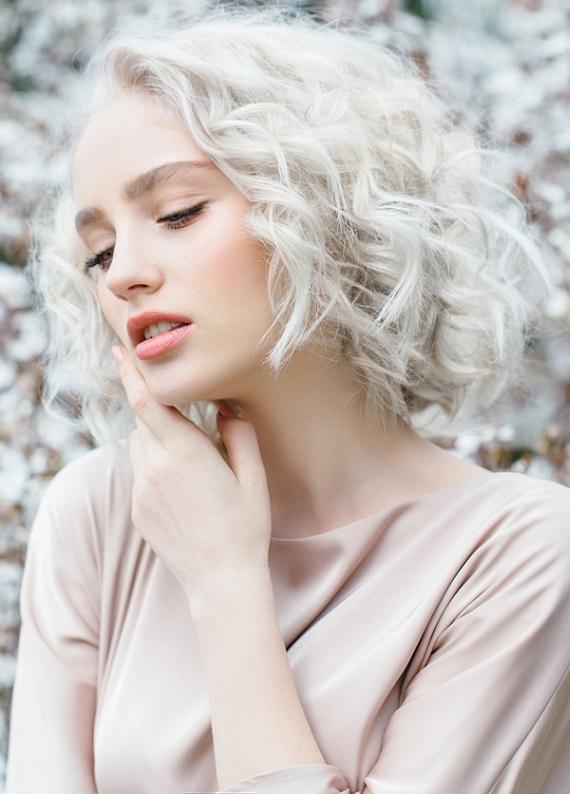 Saç rengindeki istenmeyen sıcak yansımalar nasıl yok edilir?