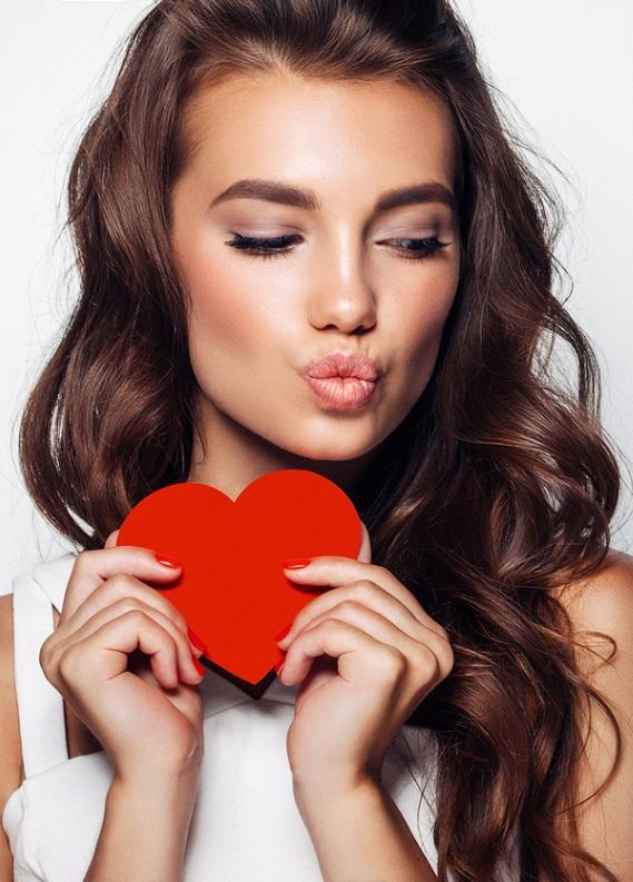 Sevgililer Günü Planına Göre Saç Modelleri!