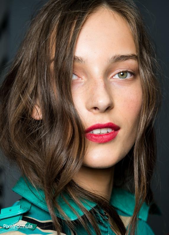 İnce telli saçlara özel: Bakım sırları