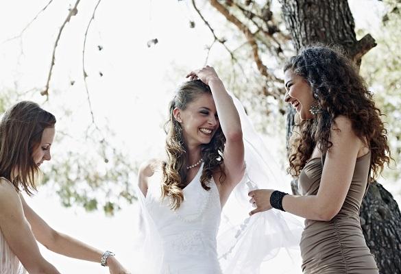 Açık hava düğünlerinde sıcak sana engel olmasın