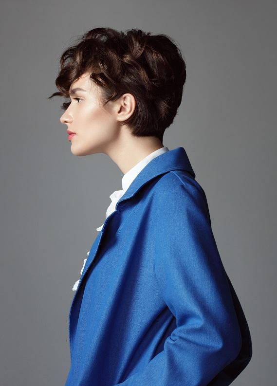 En trendy kısa dalgalı saç modelleri