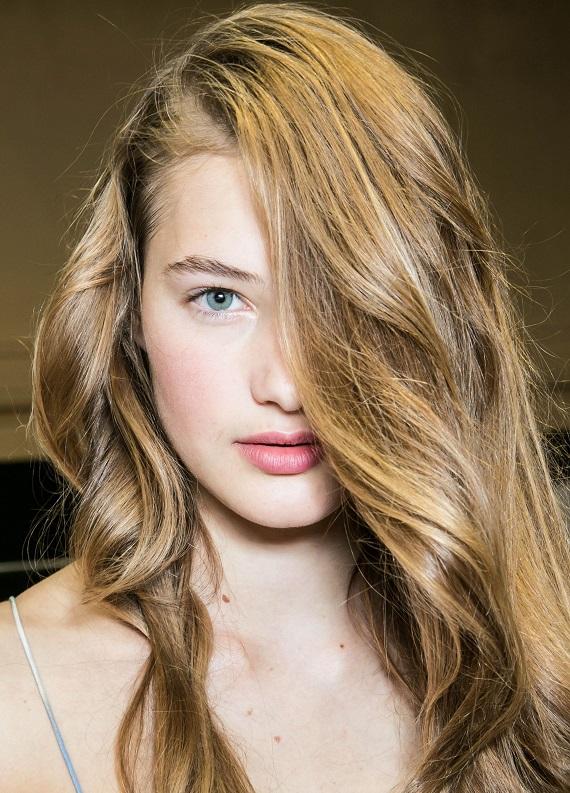Saç serumu nasıl kullanılır ve ne işe yarar?