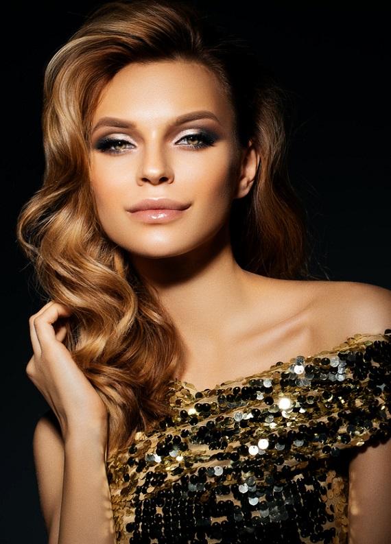 Davetlerde göz kamaştırmanı sağlayacak 10 göz alıcı saç stili