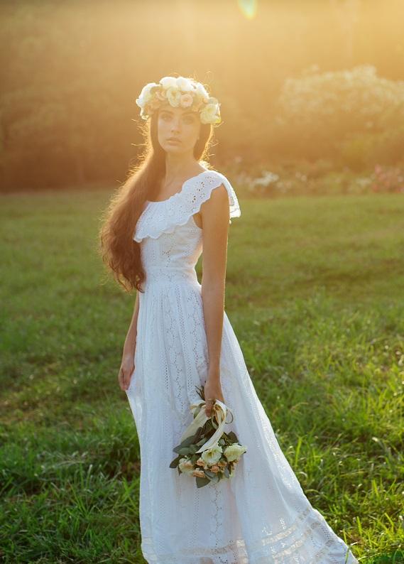 Çiçekleri saçlarına taşı: Gelin saçın için 5 saç modeli ilhamı