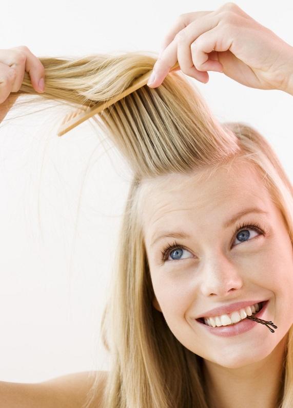 Sadece 2 dakikada yapabileceğin pratik saç modelleri