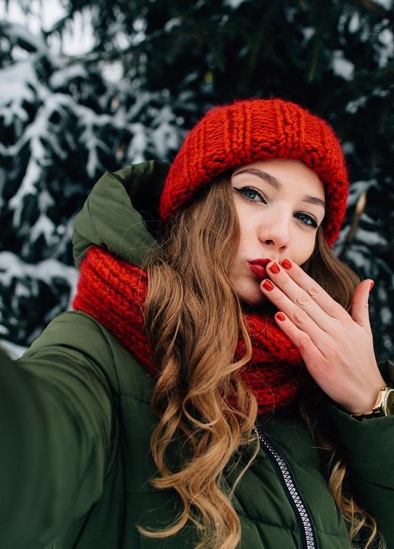 Kış aylarında saç şekillendirmeyi kolaylaştıracak 6 ipucu