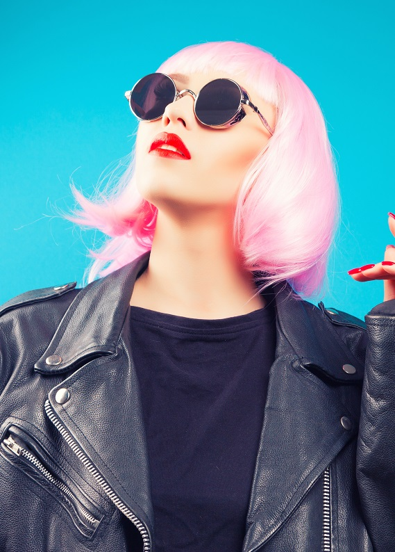Saçlarıyla dikkat çekmek isteyenlere özel 6 şaşırtıcı saç rengi
