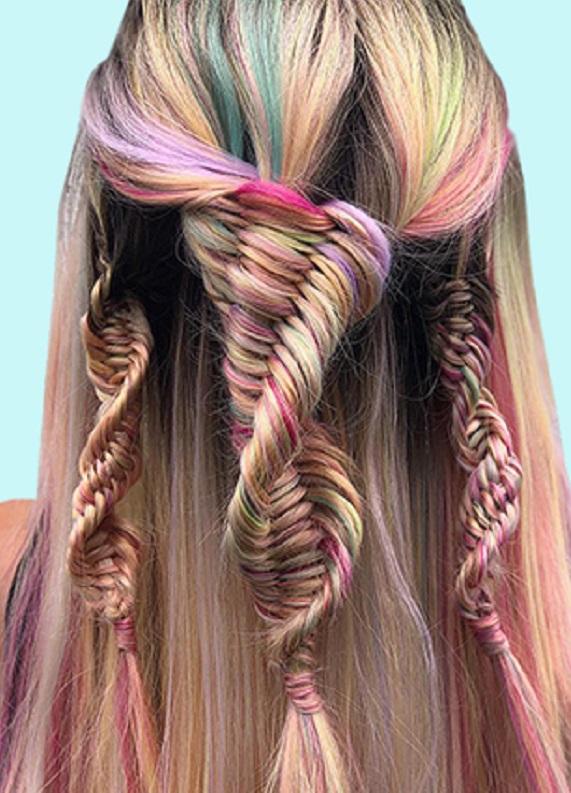 DNA Örgüler ile Yeni Saç Trendine Ayak Uydur!