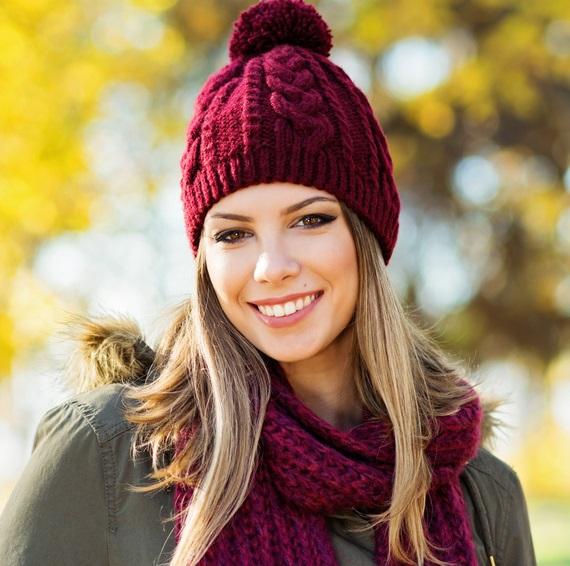 Şapka ve berelerle kullanabileceğin saç modelleri