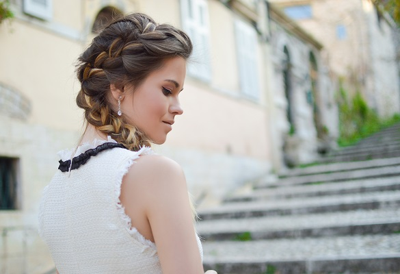 Mezuniyet balosu yaklaşıyor: Saçlarını baloya nasıl hazırlamalısın?