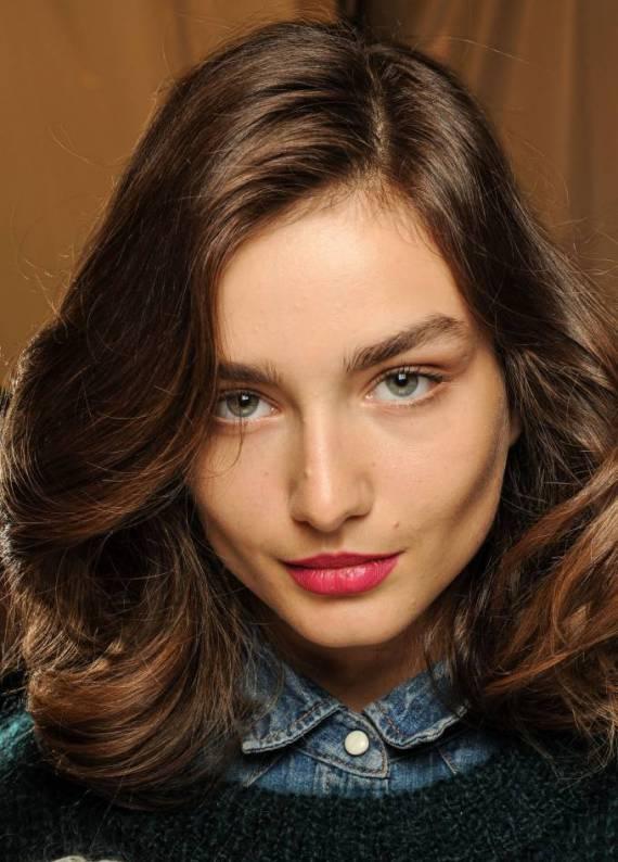 Esmerlere özel: Doğal dalgalı saç stili
