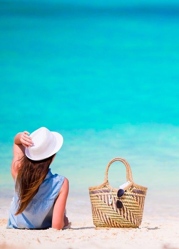 Plaj çantanda mutlaka olması gereken saç bakım ürünü hangisi?