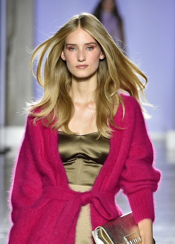 Moda Haftası'nı sallayan trend: Bej saç rengi!