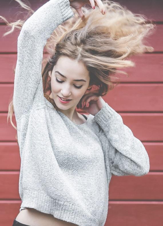 Hacimsizlikten mi şikâyetçisin? Saç rengini değiştirmeye ne dersin?