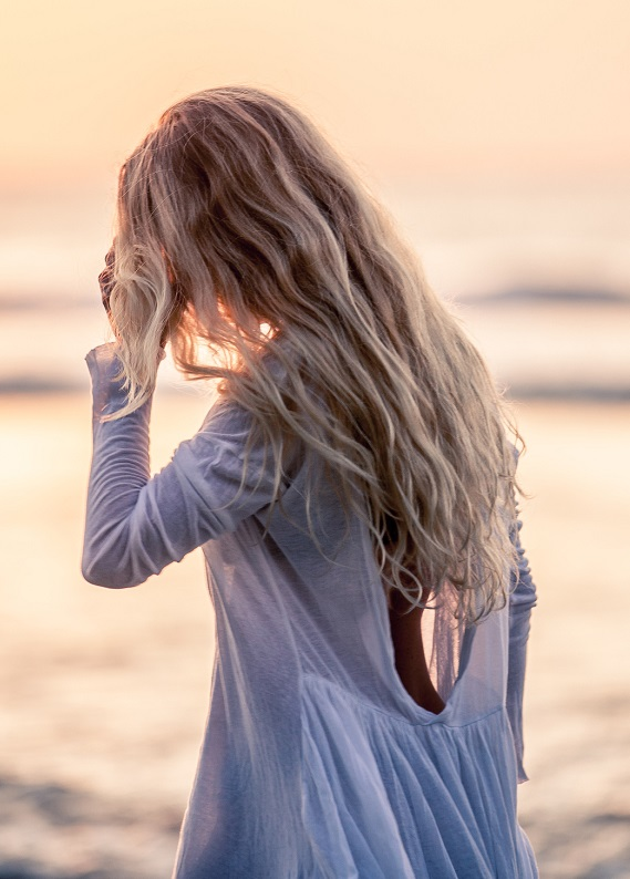 Doğal dalgalı saç modellerini kolayca elde etmenin yolları!