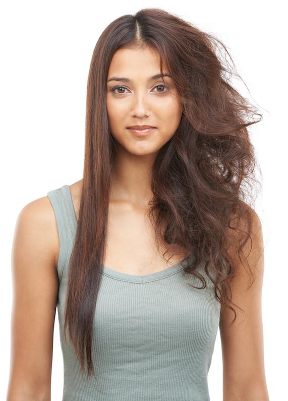 Saçların elektriklenmesinin nedenleri ve çözümleri
