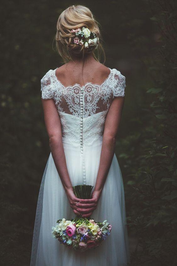 Sonbahar düğünleri için saç modelleri