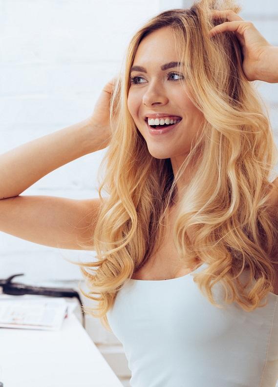 İşe geç kalmanı engelleyecek 5 pratik saç modeli