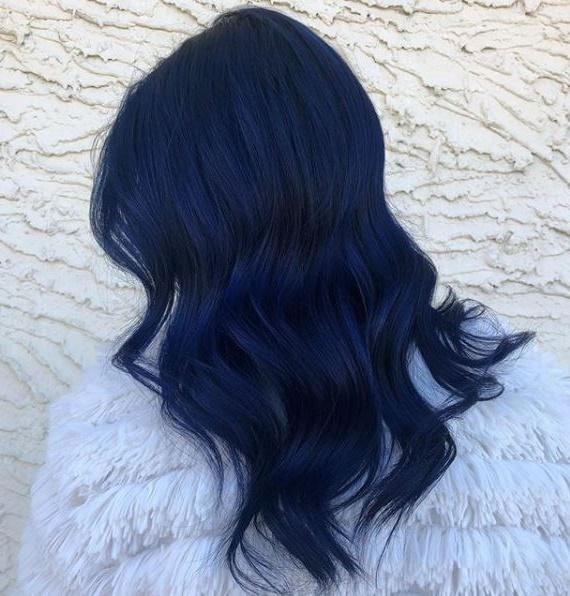 Gece mavisi saç rengi hakkında bilmen gereken her şey burada!