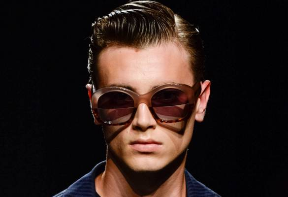 Erkeklere özel saç stili: Islak görünümlü saçlar