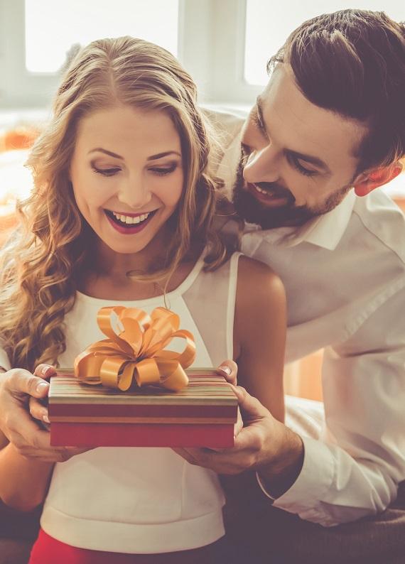 Erkeklere özel test: Sevgililer Günü'nde ona ne hediye almalısın?