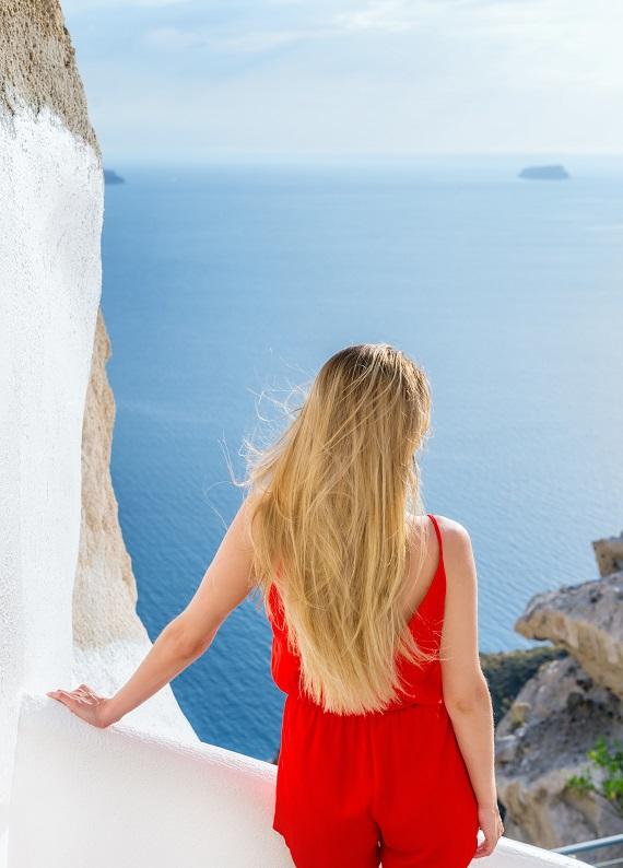 Güneş ışınlarının saçlarımıza olan etkisi ve saçlarımızı koruma altına almanın yolları!