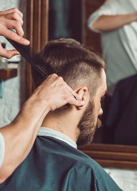 Erkeklere özel: Saçı sık sık tıraş etmek, kazıtmak saç tellerini kalınlaştırır mı?