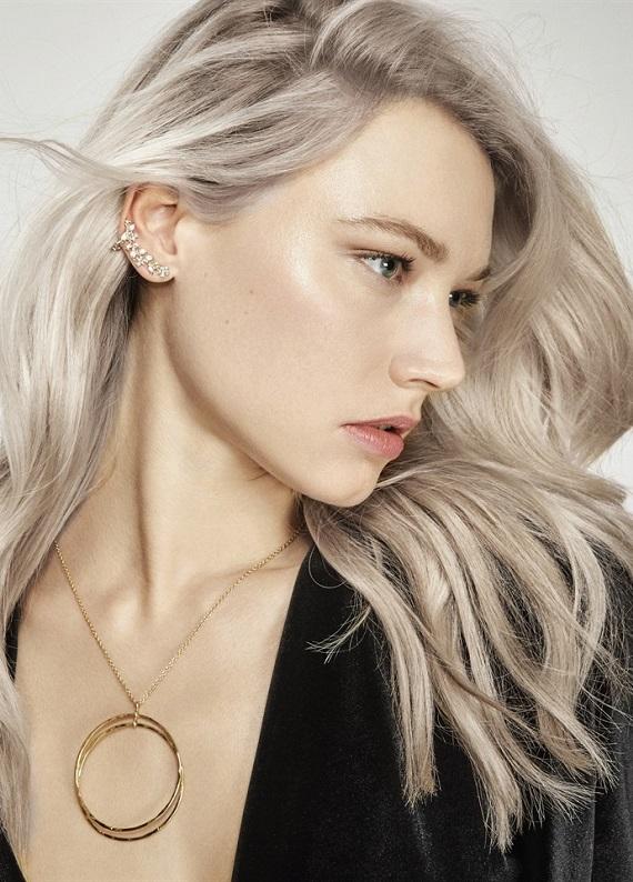 Saçlarda metalik etki: Metalik saç renkleri geliyor!