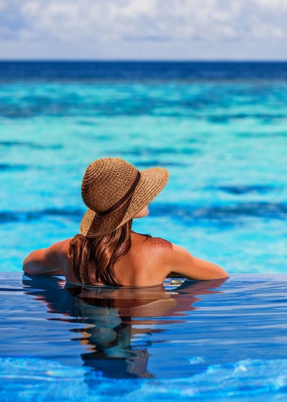 Deniz tuzundan ve klordan saçlarını korumanın yolu