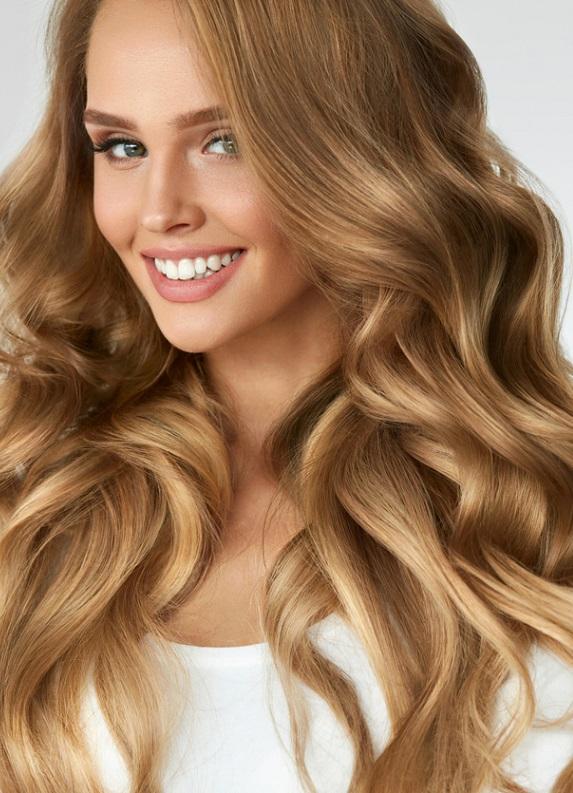 Saçlarında doğal ışıltıları nasıl elde edebilirsin?