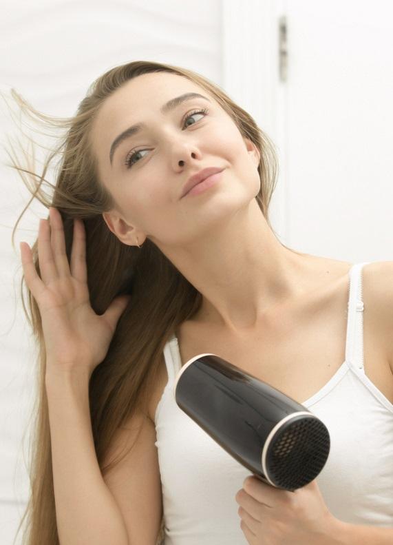 Saç dökülmesine çözüm: Saç dökülmesi için hangi vitaminlerden yararlanmalı?