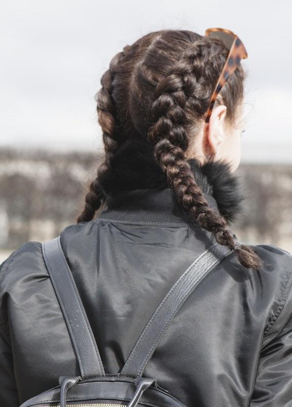 Paris Moda Haftası: ''Fashionistaların'' tercihi örgüler oldu!
