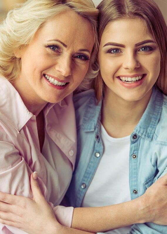 Anneler Günü için annene, kişiye özel ilk saç bakımını hediye et!