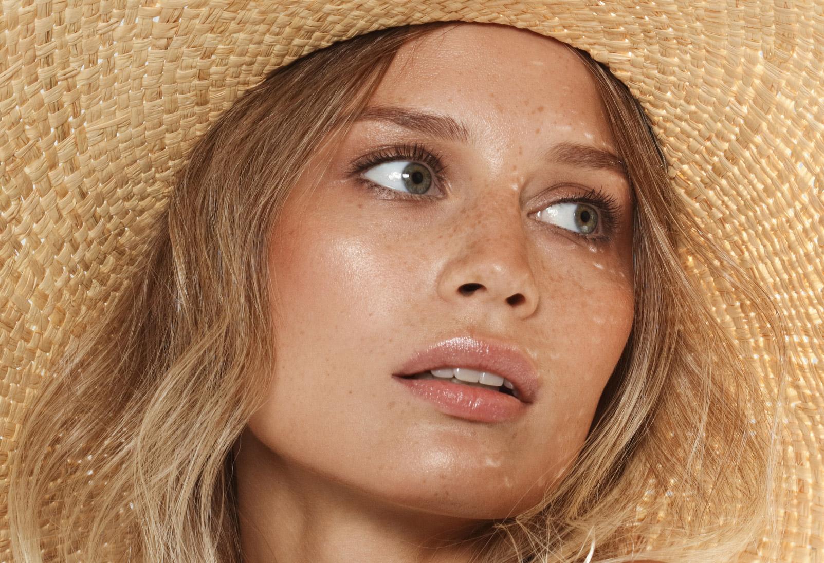 Yaz bakımı: Saçlarını korumak için yazın neler yapmalısın?