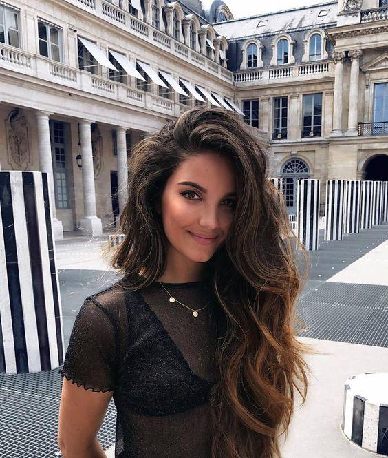 Uzun saçlara özel katlı saç kesimleri