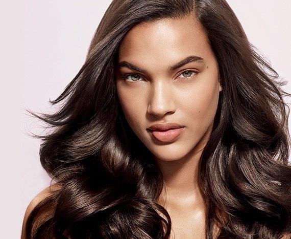 Daha parlak saçlar mı istiyorsun? Artık çok kolay!