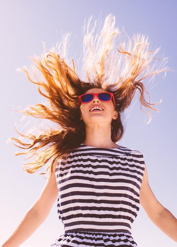 Tatile az kaldı: Sınav stresinin etkilediği saçlarını yaz tatiline hazırla!