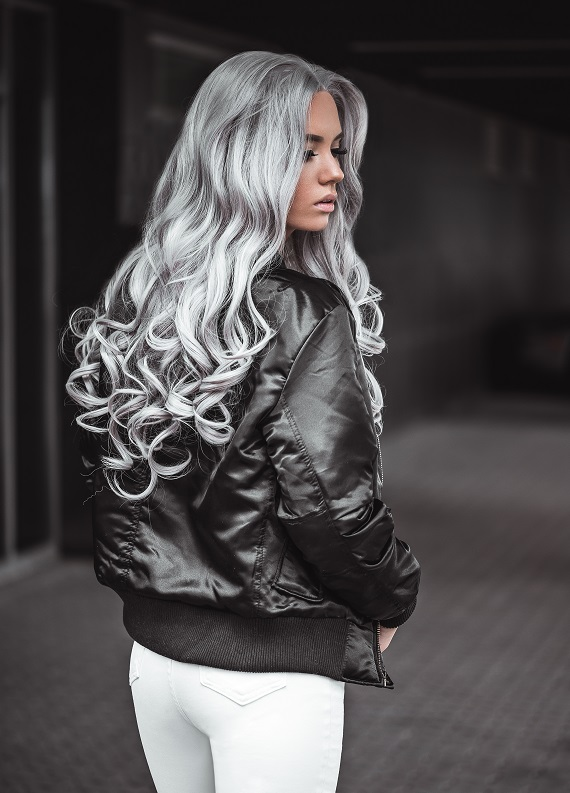 Gri boyalı saçın canlı rengini korumak için öneriler