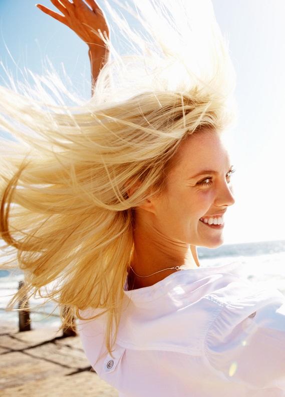 Yaz başlıyor: Açık saç renklerine geçiş yapmanın tam zamanı!
