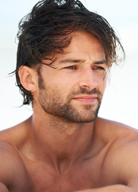 Erkekler için saç uzatma ipuçları