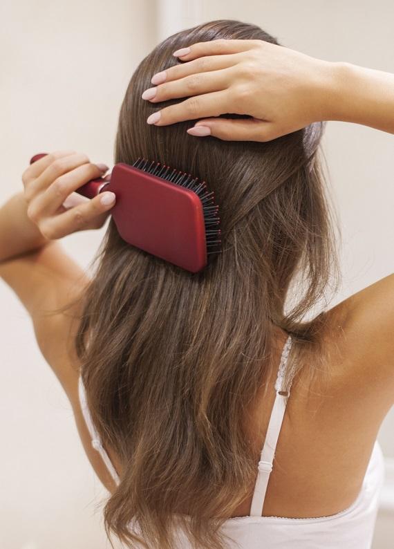 Saç derisi bakımı rehberi: Saç dökülmesi, kepek ve saç derisi hassasiyeti için öneriler!