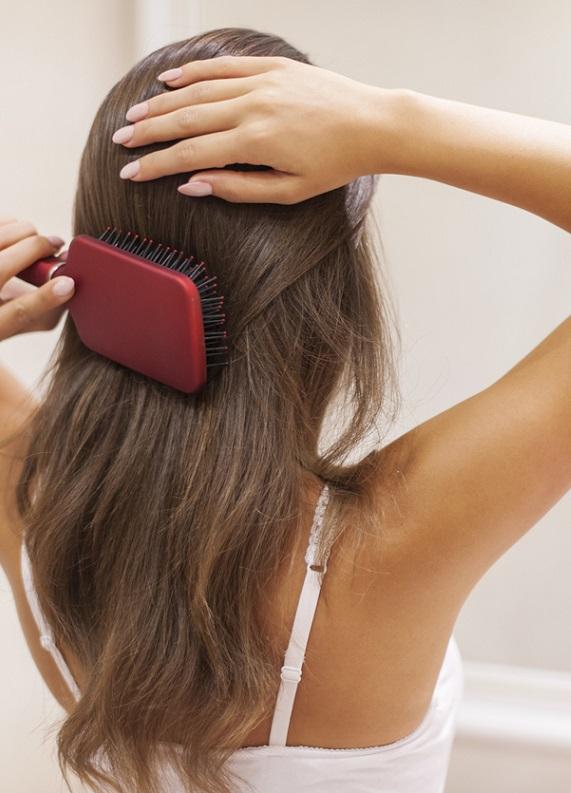Kuru ve sert saçları nasıl canlandırabilirsin?