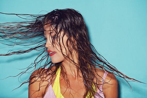 Saçlarını yaza hazırla: Yaza en uygun saç bakım maskeleri