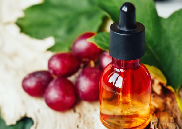 Üzüm Çekirdeği Yağının Saça Faydaları Nelerdir?