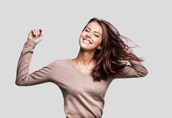 Doğal saç renkleri senenin en iddialı saç trendi!