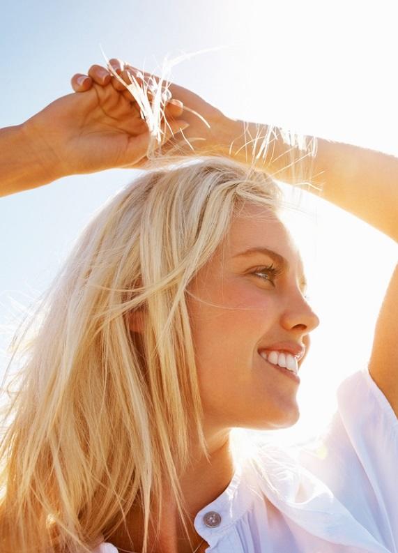 Gümüş sarısı saçlar: Gümüş sarı saç rengi nasıl elde edilir?