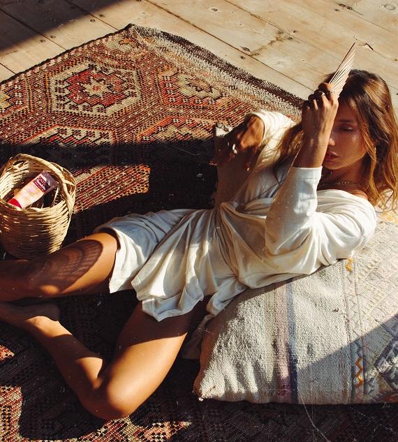 Sunkiss'le capcanlı yaz görünümleri: Cansın Sağlam'ın yaz stili