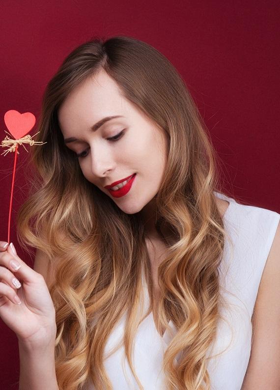 Saçlarda aşk mevsimi: Bu Sevgililer Günü'nde saçlarını şımart!